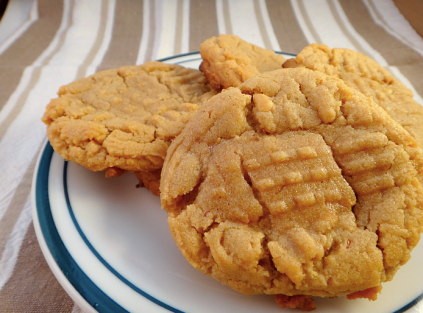 Pinterest In Real Life: Peanut Butter and Honey Cookies